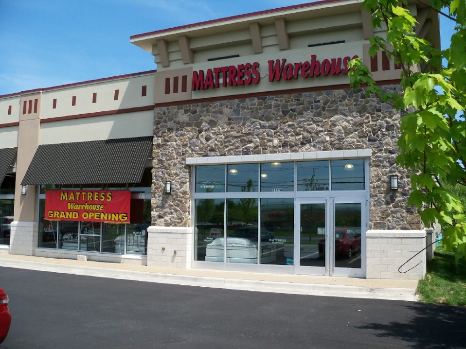Mattress shoppers today have a wide range of stores and retailers to choose from, and their options include brick-and-mortar locations and online marketplaces. Choosing the right mattress seller based on personal needs, preferences, and expectations can be difficult.