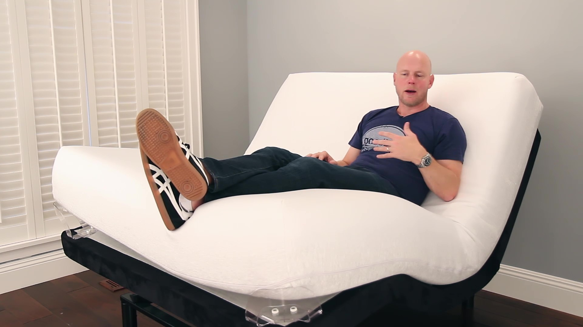 Testing a Mattress on an Adjustable Base