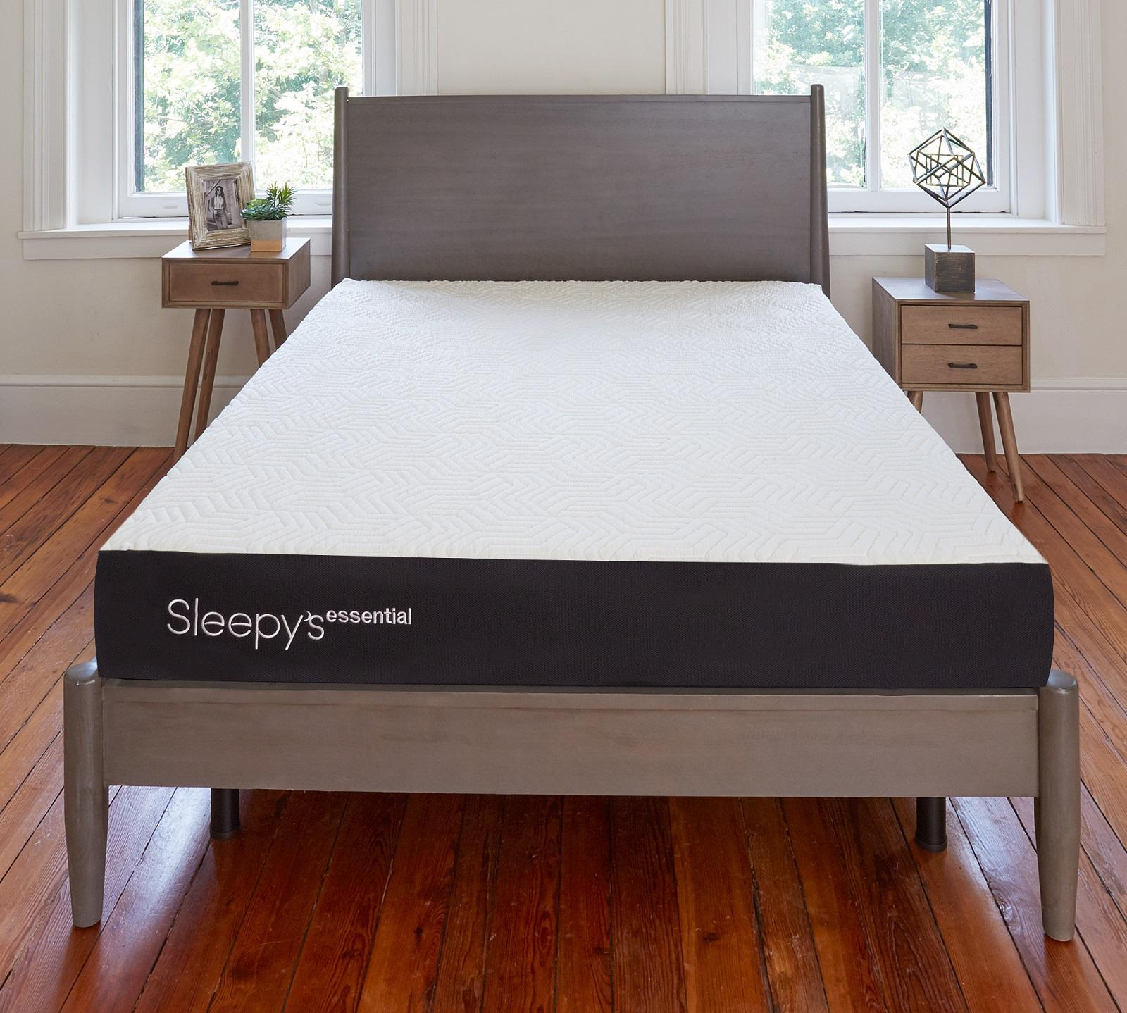 Sleepy\'s Essential 8\